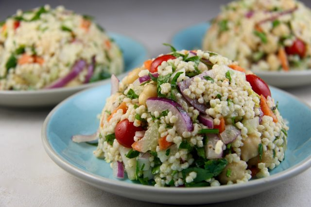 Mediterranean Diet Recipes: Couscous Salad with Chickpeas