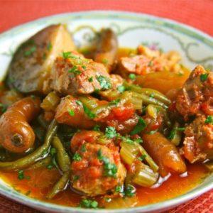 Mediterranean Diet Recipe: Green Beans and Pork