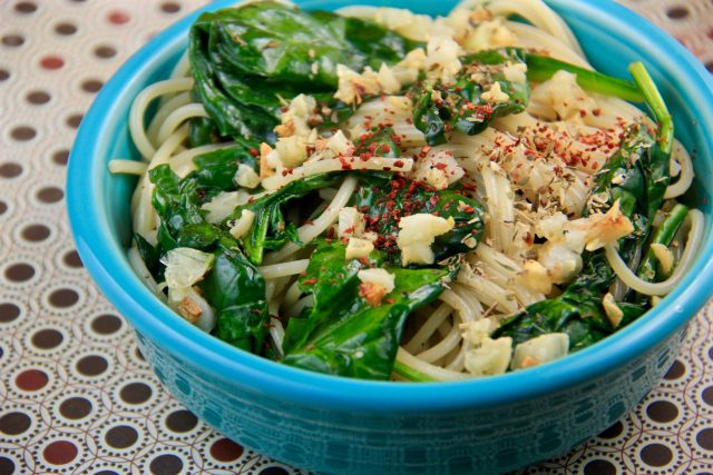 Mediterranean Diet: Pasta with Sautéed Spinach and Garlic