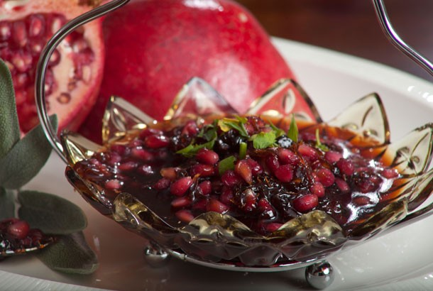 Mediterranean Diet Recipes: Pomegranate Sauce
