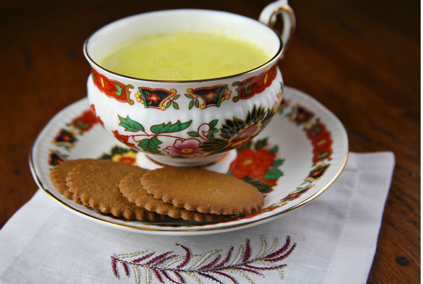 Mediterranean Diet Recipes - Anti-Inflammatory Creamy Turmeric Tea