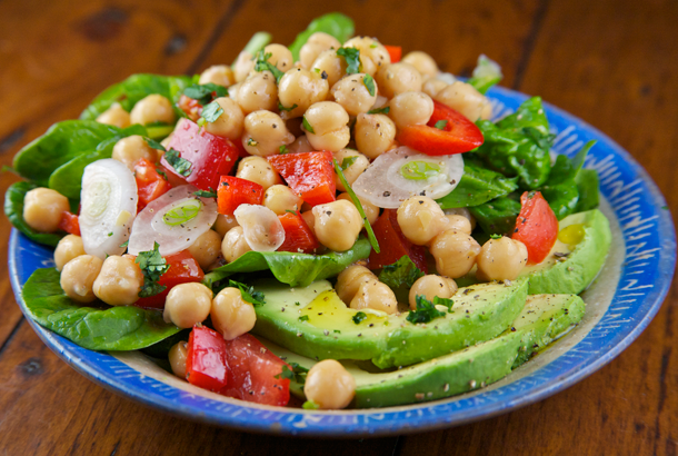 Chickpea and Spinach Salad with Avocado