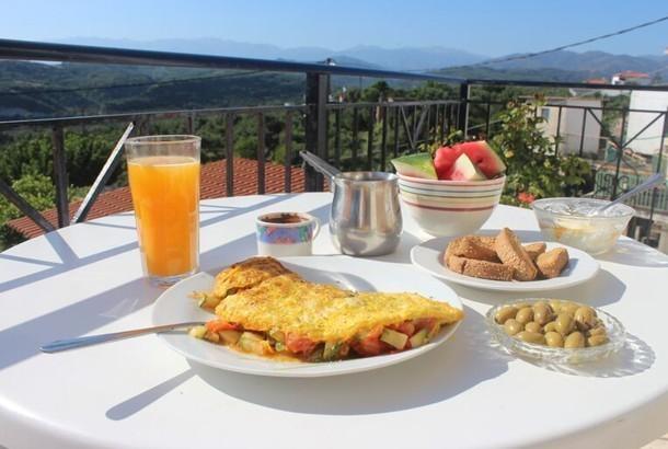 Breakfast Crete: Mediterranean Diet