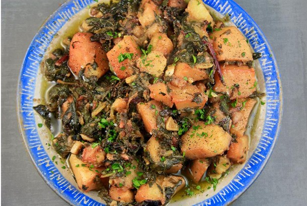 Mediterranean Diet Recipes: Horta With Potatoes