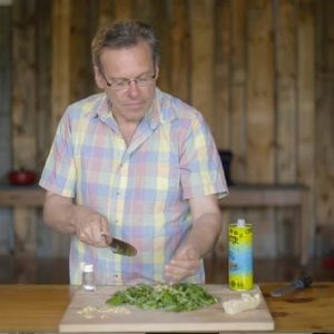 How to Make Pesto without a Food Processor or Blender (video)