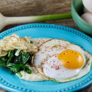 Mediterranean Diet Recipes: Polenta with Eggs