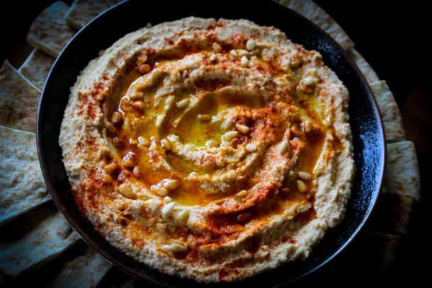 Mediterranean Diet Recipes: Lebanese Hummus
