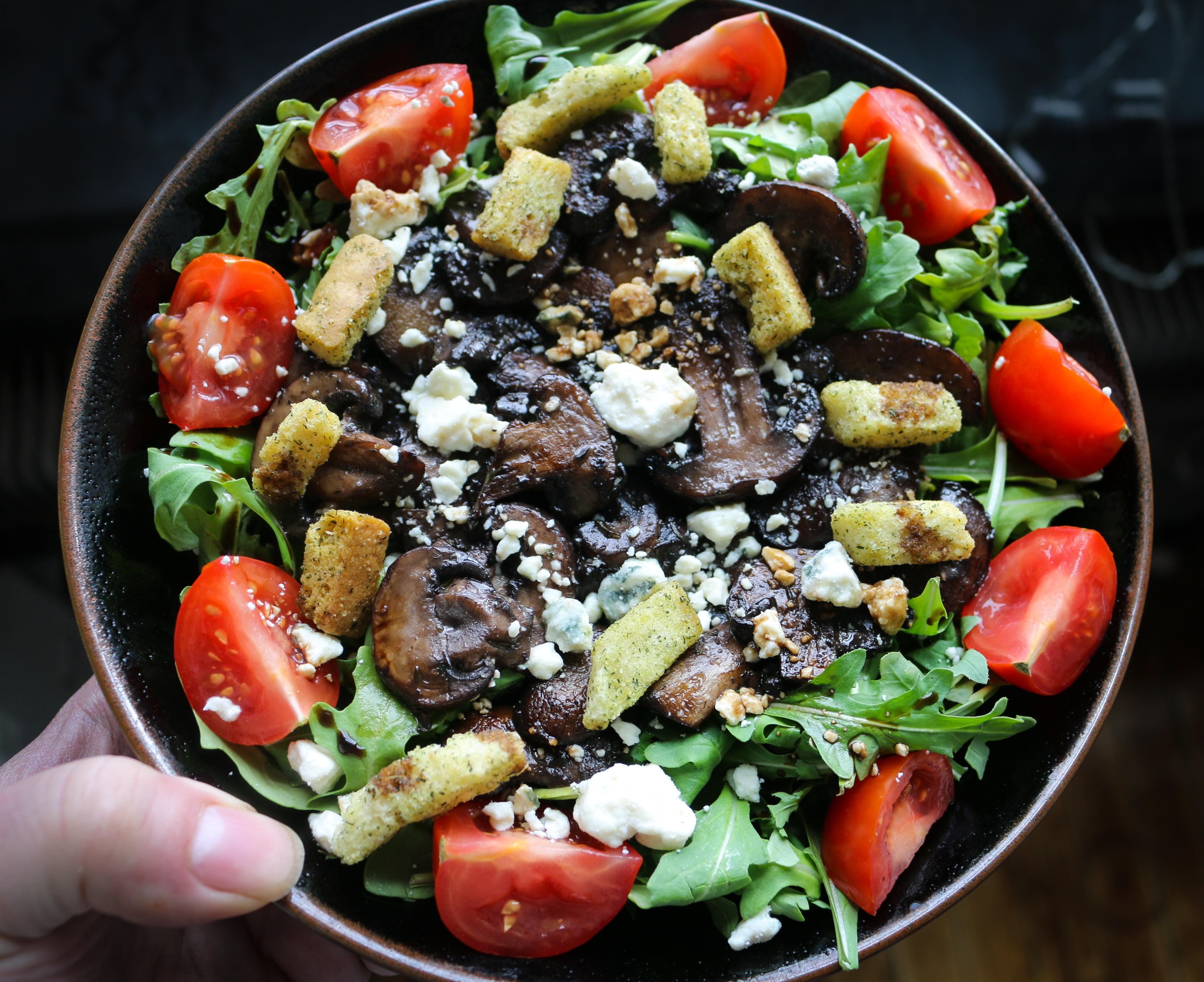 Seared Mushroom Salad with Blue Cheese and Arugula